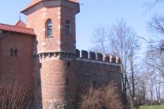 Zamek_w_Oporowie2